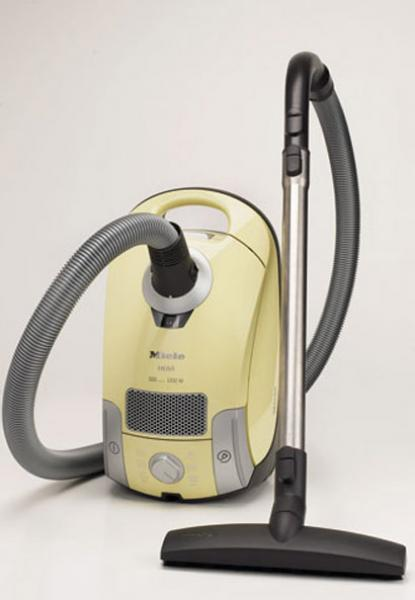 http://www.comcebo.com/images/electromenager/aspirateur/aspirateur/aspirateur_miele_s4210.jpg